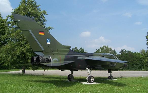 PA-200 Tornado