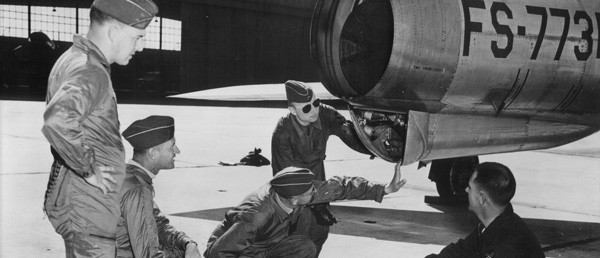 Ausbildung der ersten Luftwaffen-Piloten