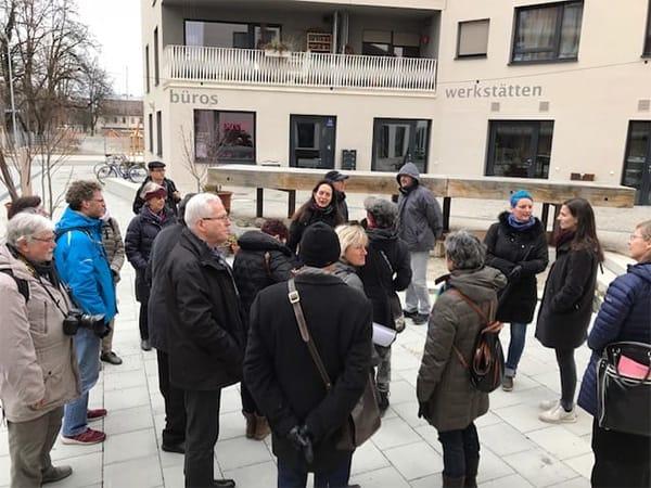 Stadtratsmitglieder aus FFB besuchen den Domagkpark